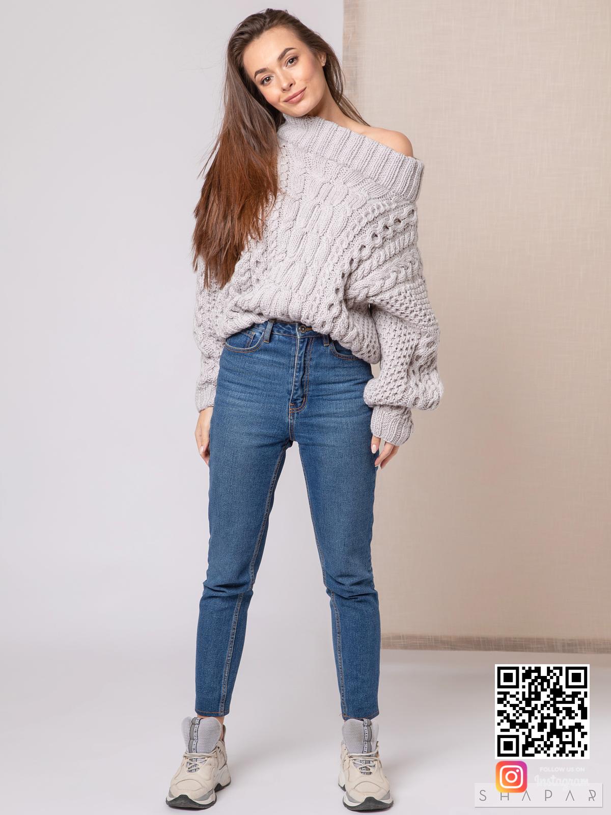 На шестой фотографии модный свитер рубан для девушек и женщин от Shapar, бренда вязаной одежды ручной работы в интернет-магазине связанных спицами вещей.