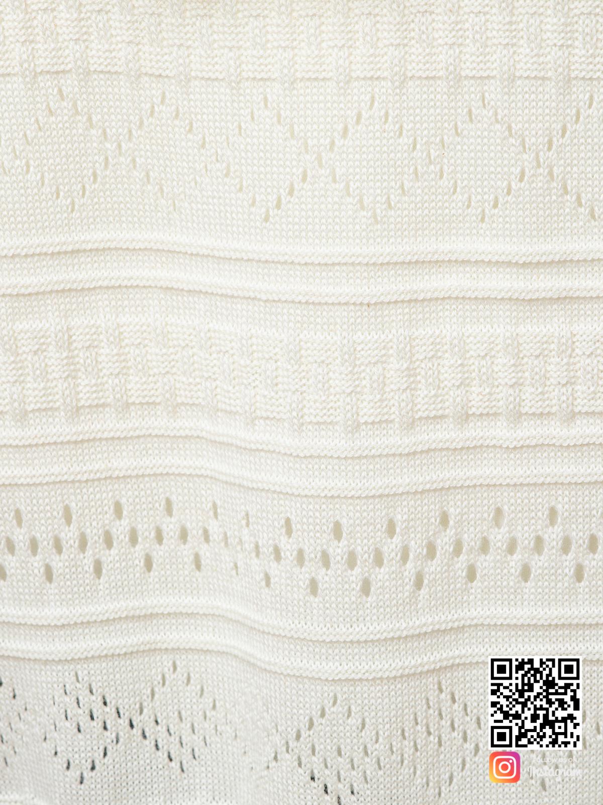На седьмой фотографии ажурный кардиган для женщин крупным планом от Shapar, бренда вязаной одежды ручной работы в интернет-магазине связанных спицами вещей.