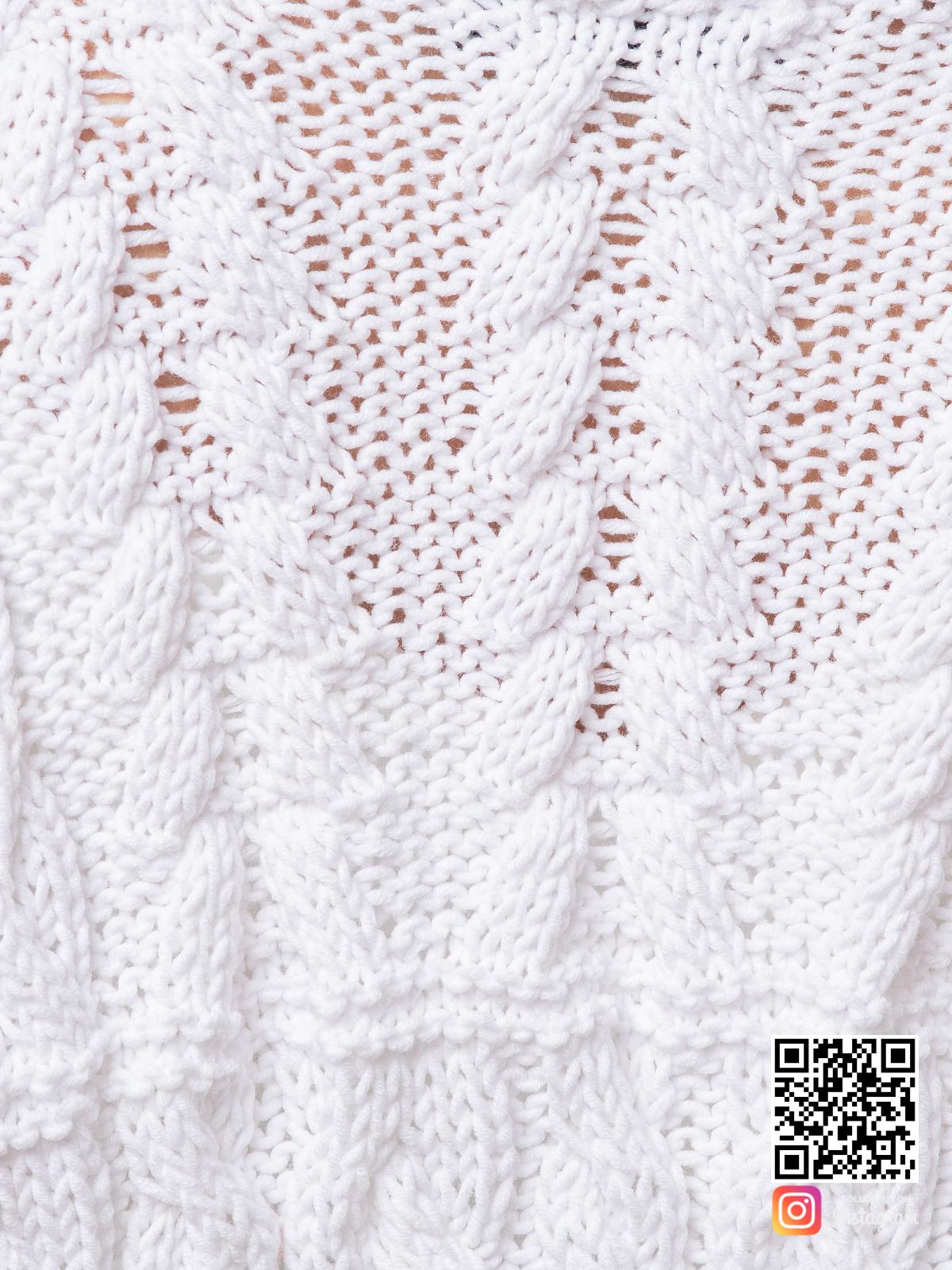 На седьмой фотографии женский кардиган из хлопка крупным планом от Shapar, бренда вязаной одежды ручной работы в интернет-магазине связанных спицами вещей.