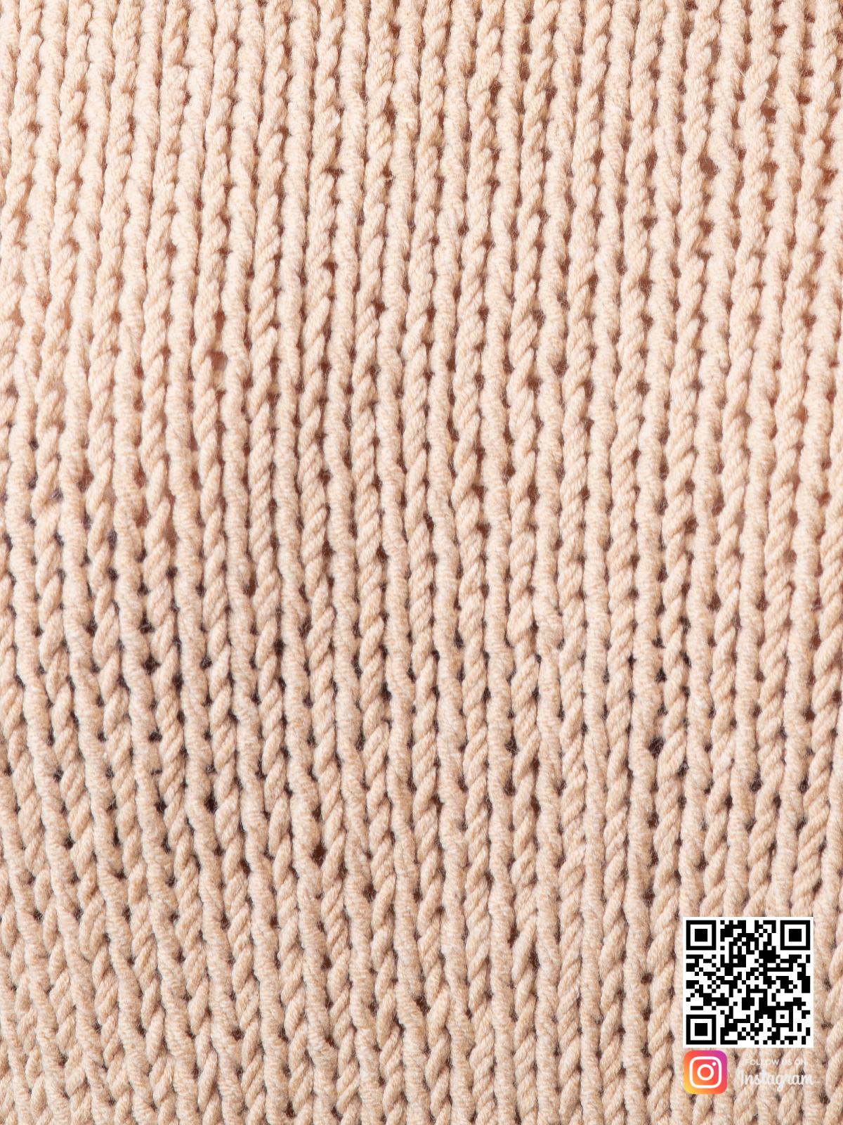 На шестой фотографии костюм с шортами женский летний крупным планом от Shapar, бренда вязаной одежды ручной работы в интернет-магазине связанных спицами вещей.