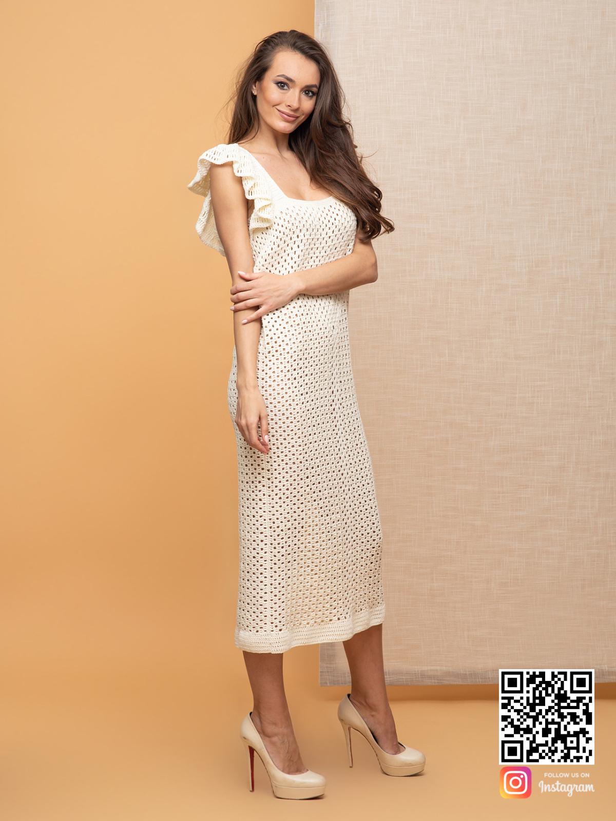 На пятой фотографии ажурное платье летнее из хлопка от Shapar, бренда вязаной одежды ручной работы в интернет-магазине связанных спицами вещей.