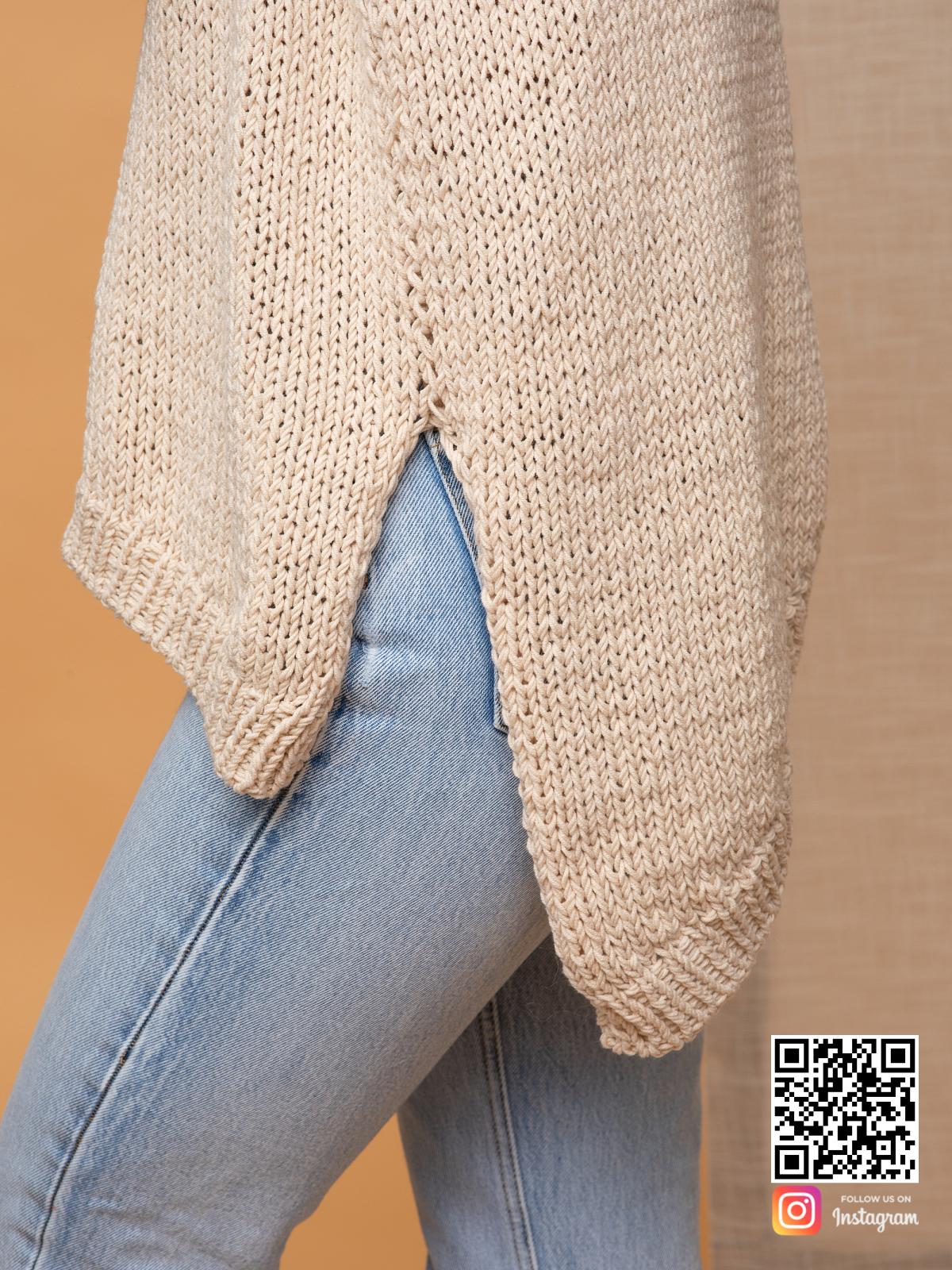 На шестой фотографии пуловер для женщин крупным планом от Shapar, бренда вязаной одежды ручной работы в интернет-магазине связанных спицами вещей.