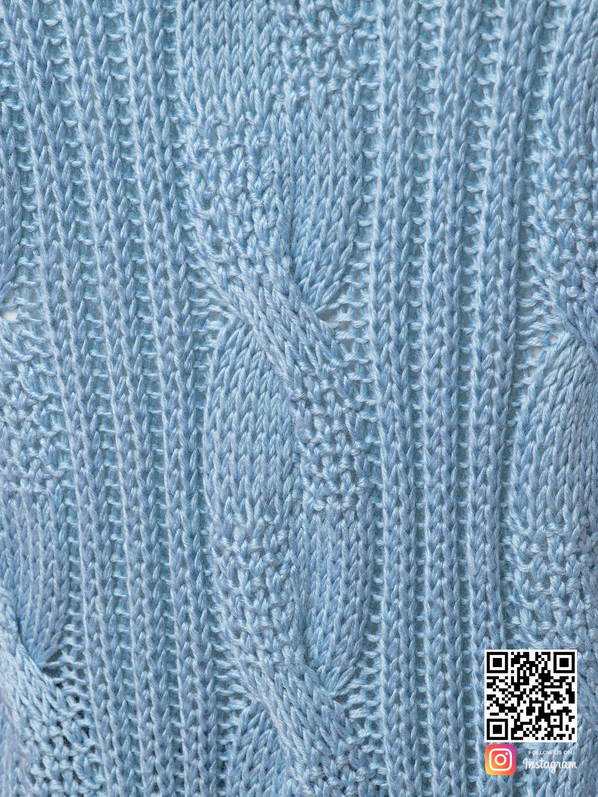 На седьмой фотографии женский шелковый кардиган крупным планом от Shapar, бренда вязаной одежды ручной работы в интернет-магазине связанных спицами вещей.