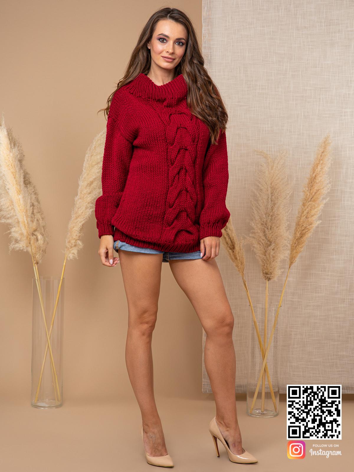 На шестой фотографии женский свитер бордового цвета с воротником от Shapar, бренда вязаной одежды ручной работы в интернет-магазине связанных спицами вещей.