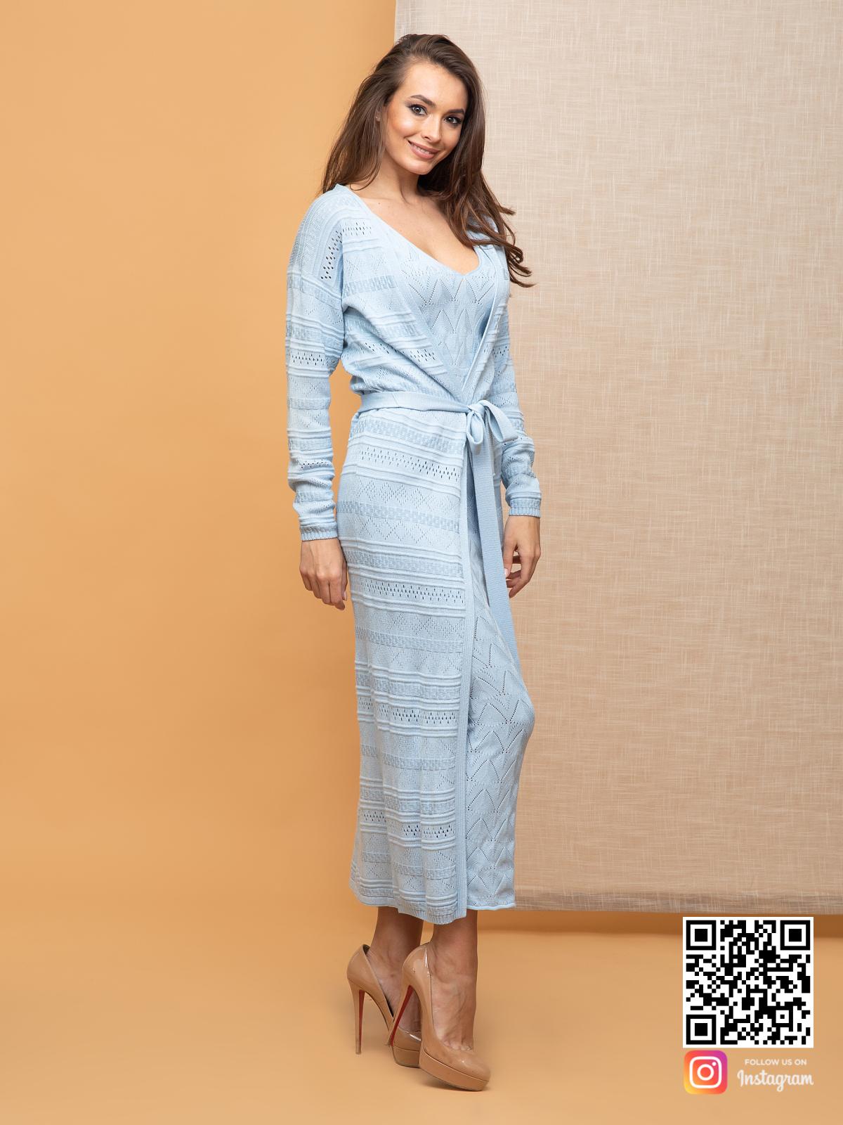 На третьей фотографии тонкий летний кардиган для девушек и женщин от Shapar, бренда вязаной одежды ручной работы в интернет-магазине связанных спицами вещей.