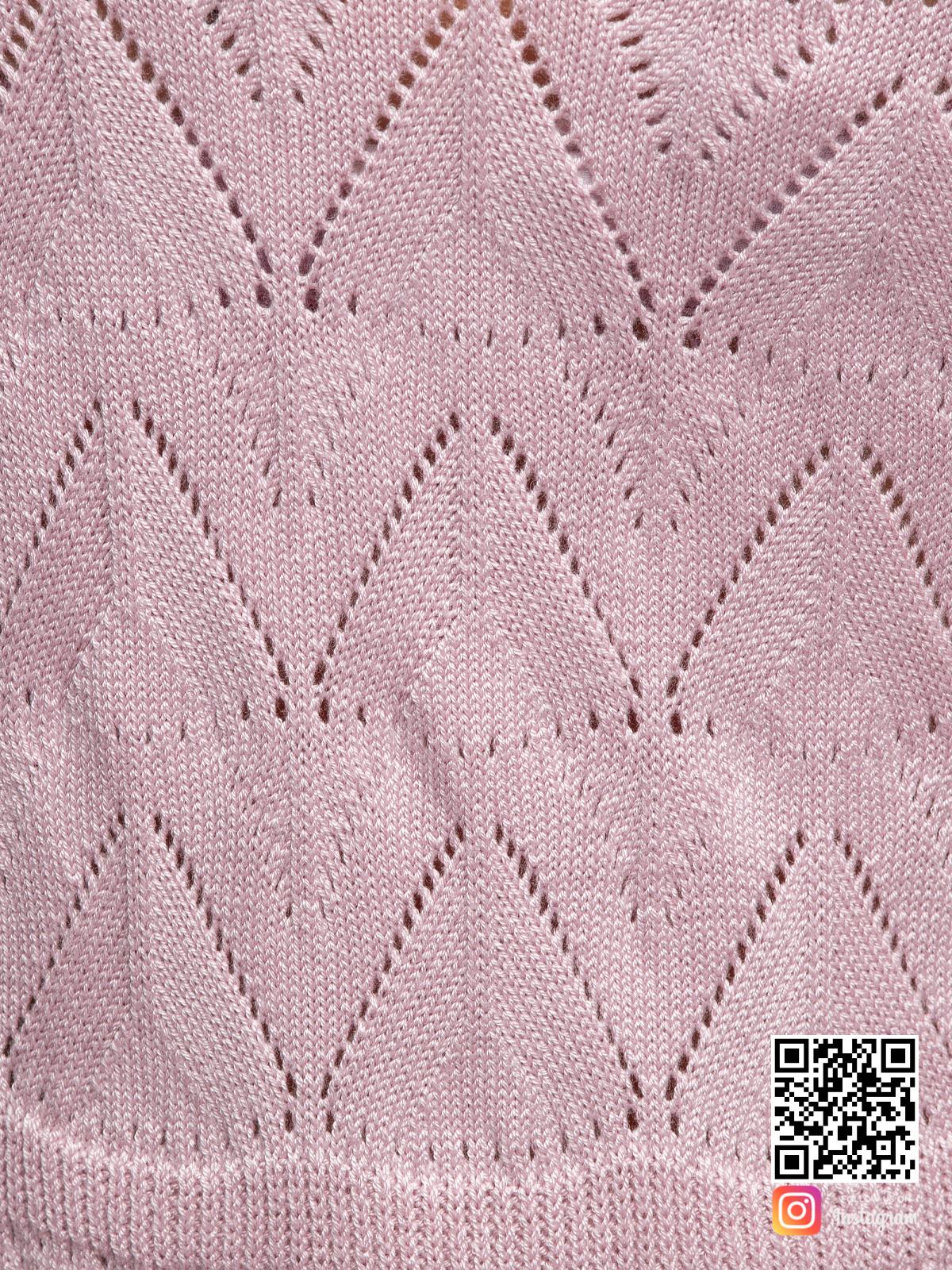 На пятой фотографии розовое платье крупным планом от Shapar, бренда вязаной одежды ручной работы в интернет-магазине связанных спицами вещей.