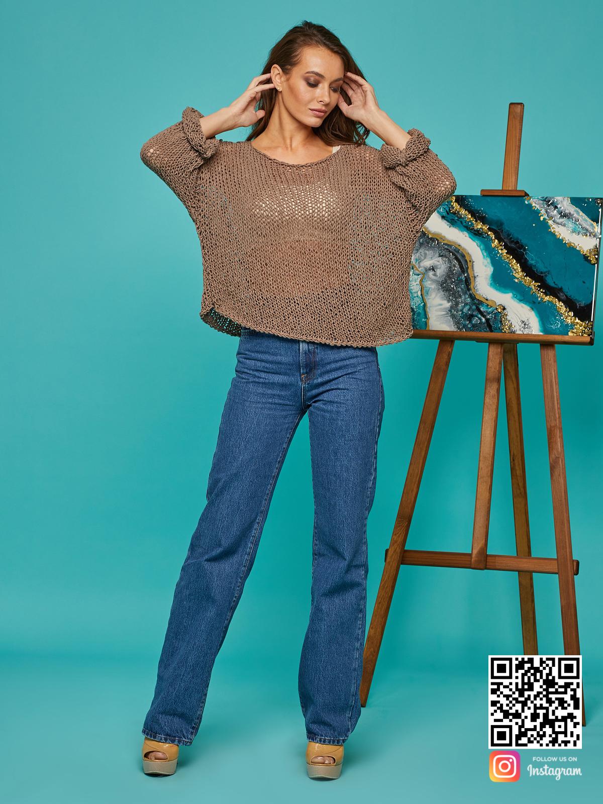 На четвертой фотографии женская летняя кофта сетка от Shapar, бренда вязаной одежды ручной работы в интернет-магазине связанных спицами вещей.