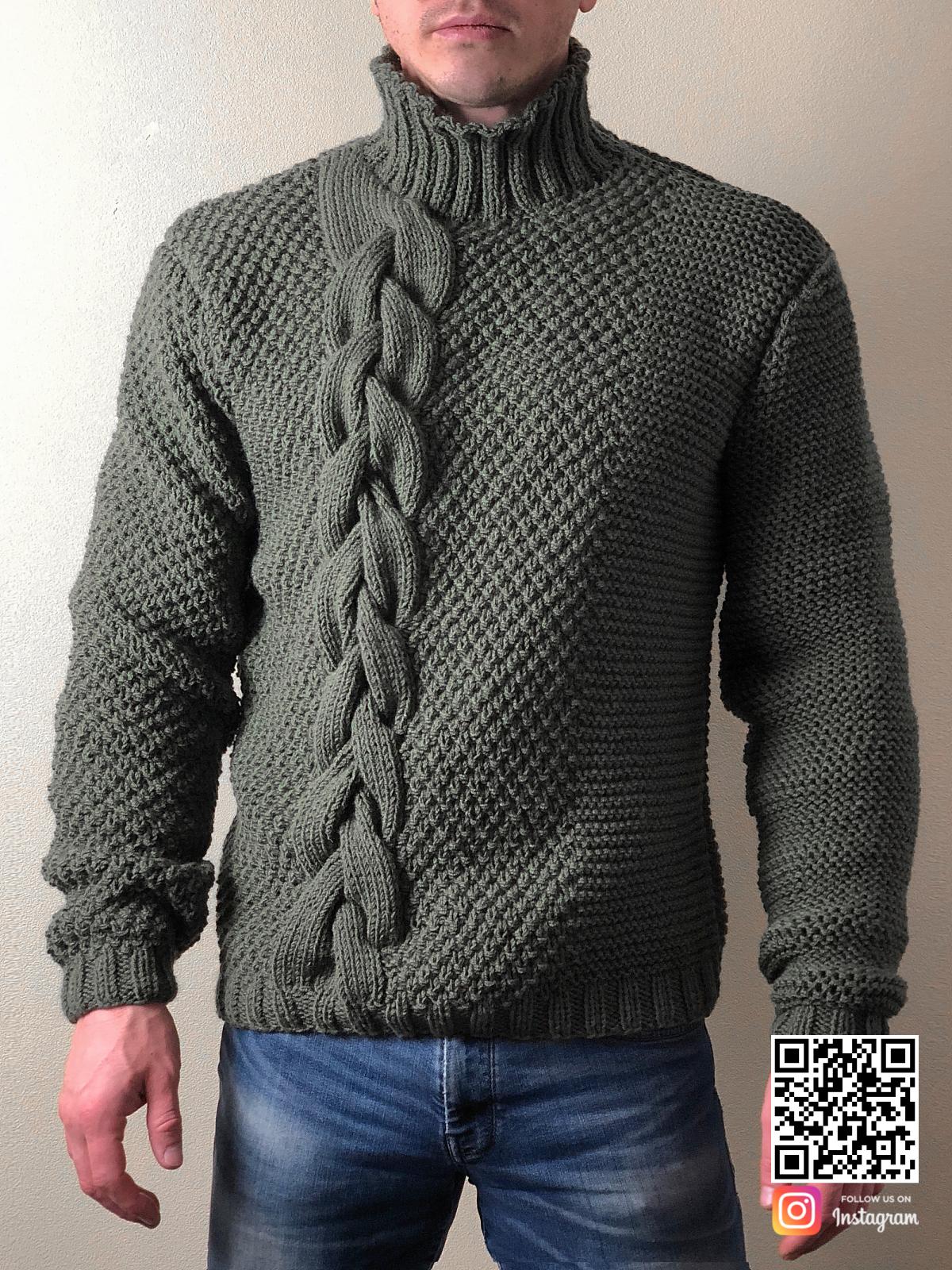 На четвертой фотографии теплый мужской свитер с косой от Shapar, бренда вязаной одежды ручной работы в интернет-магазине связанных спицами вещей.