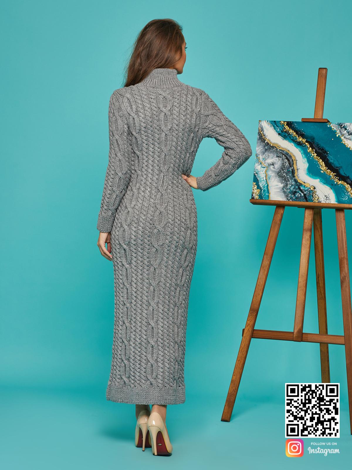На шестой фотографии женское серое теплое платье от Shapar, бренда вязаной одежды ручной работы в интернет-магазине связанных спицами вещей.