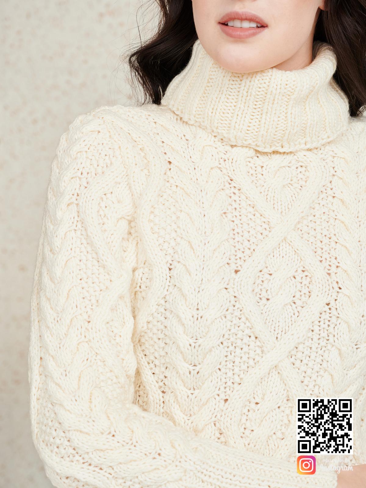 На седьмой фотографии красивое вязаное платье крупным планом от Shapar, бренда женской одежды ручной работы в интернет-магазине связанных спицами вещей.