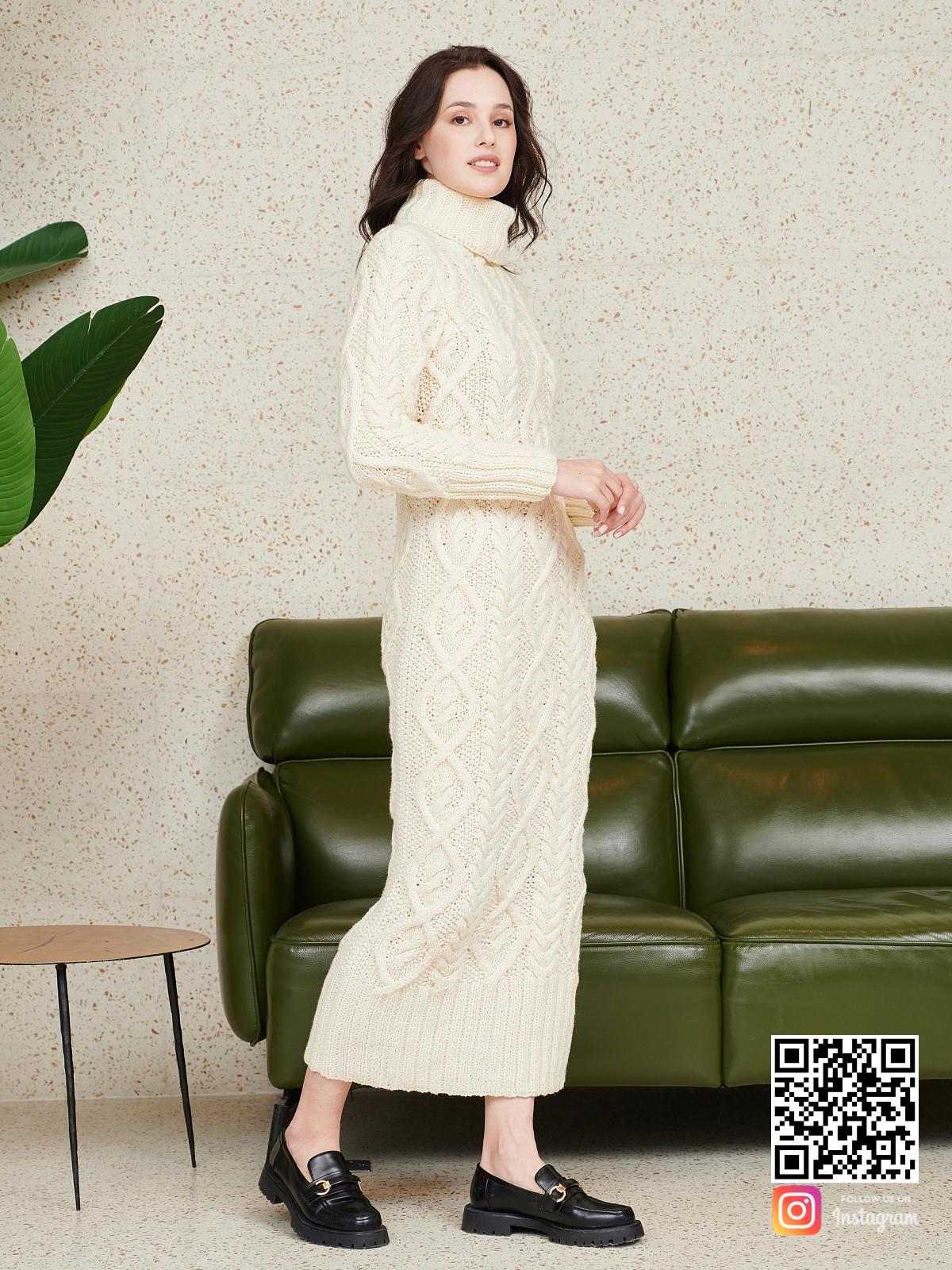 На шестой фотографии элегантное красивое вязаное платье от Shapar, бренда женской одежды ручной работы в интернет-магазине связанных спицами вещей.