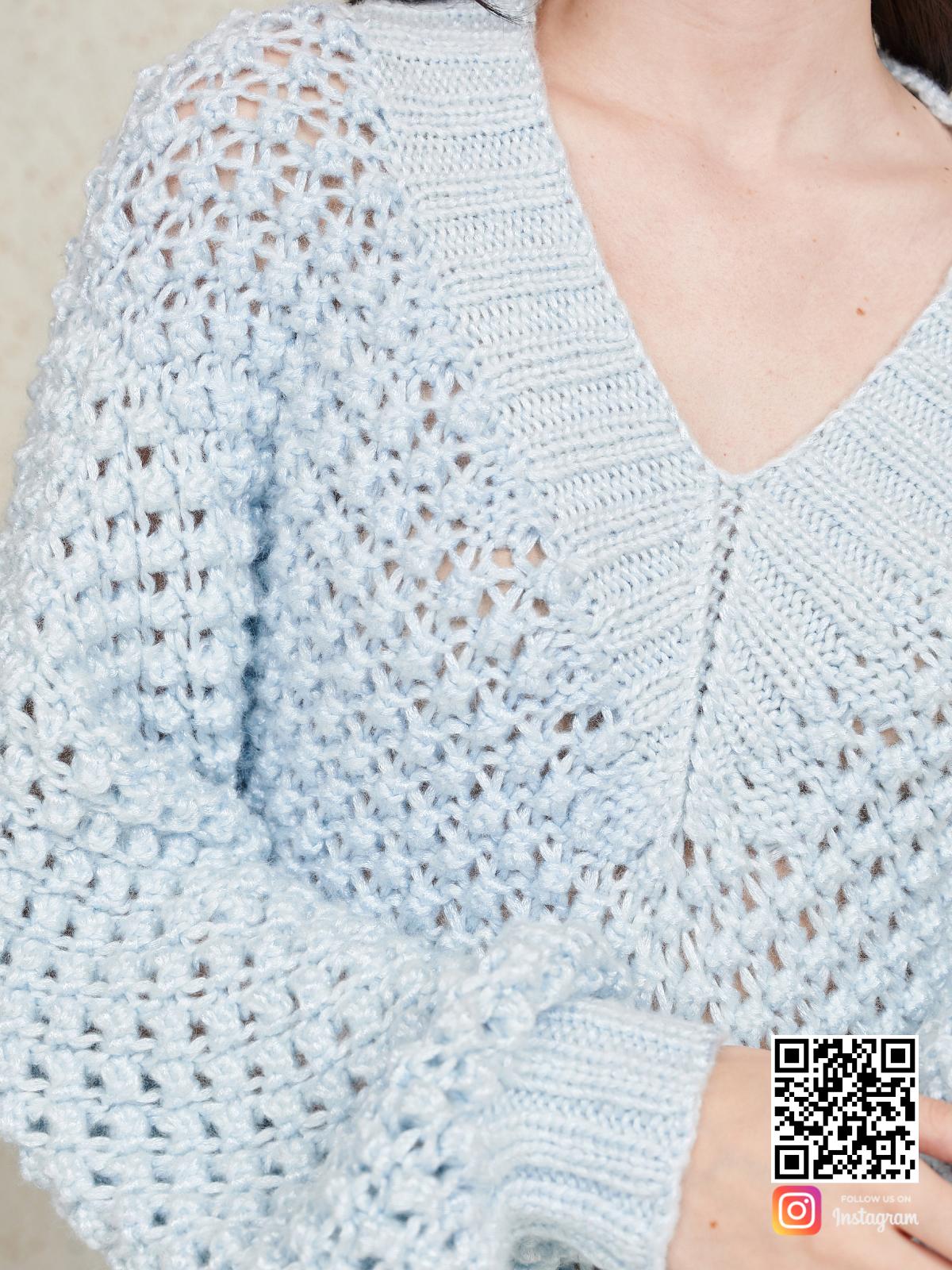 На шестой фотографии стильное вязаное летнее платье спицами от Shapar, бренда женской одежды ручной работы в интернет-магазине связанных спицами вещей.