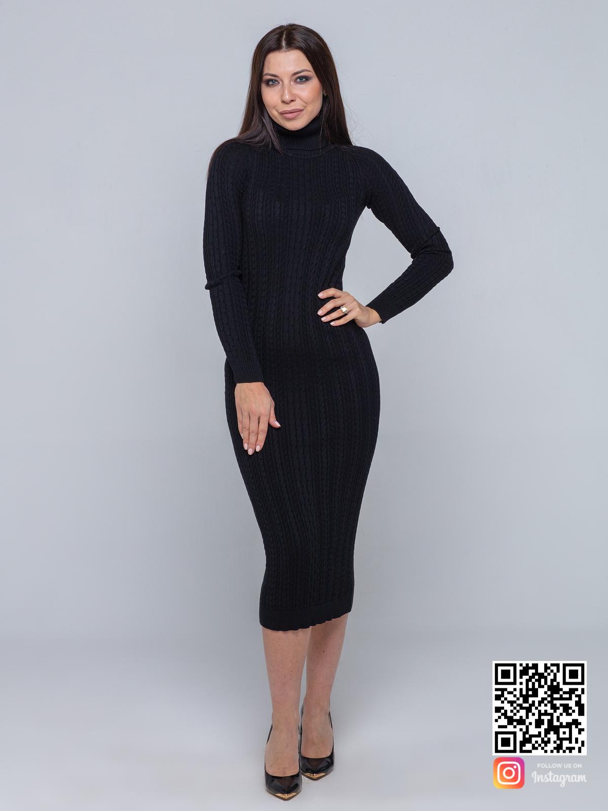 На пятой фотографии черное трикотажное платье в длине миди от Shapar, бренда вязаной одежды ручной работы в интернет-магазине связанных спицами вещей.