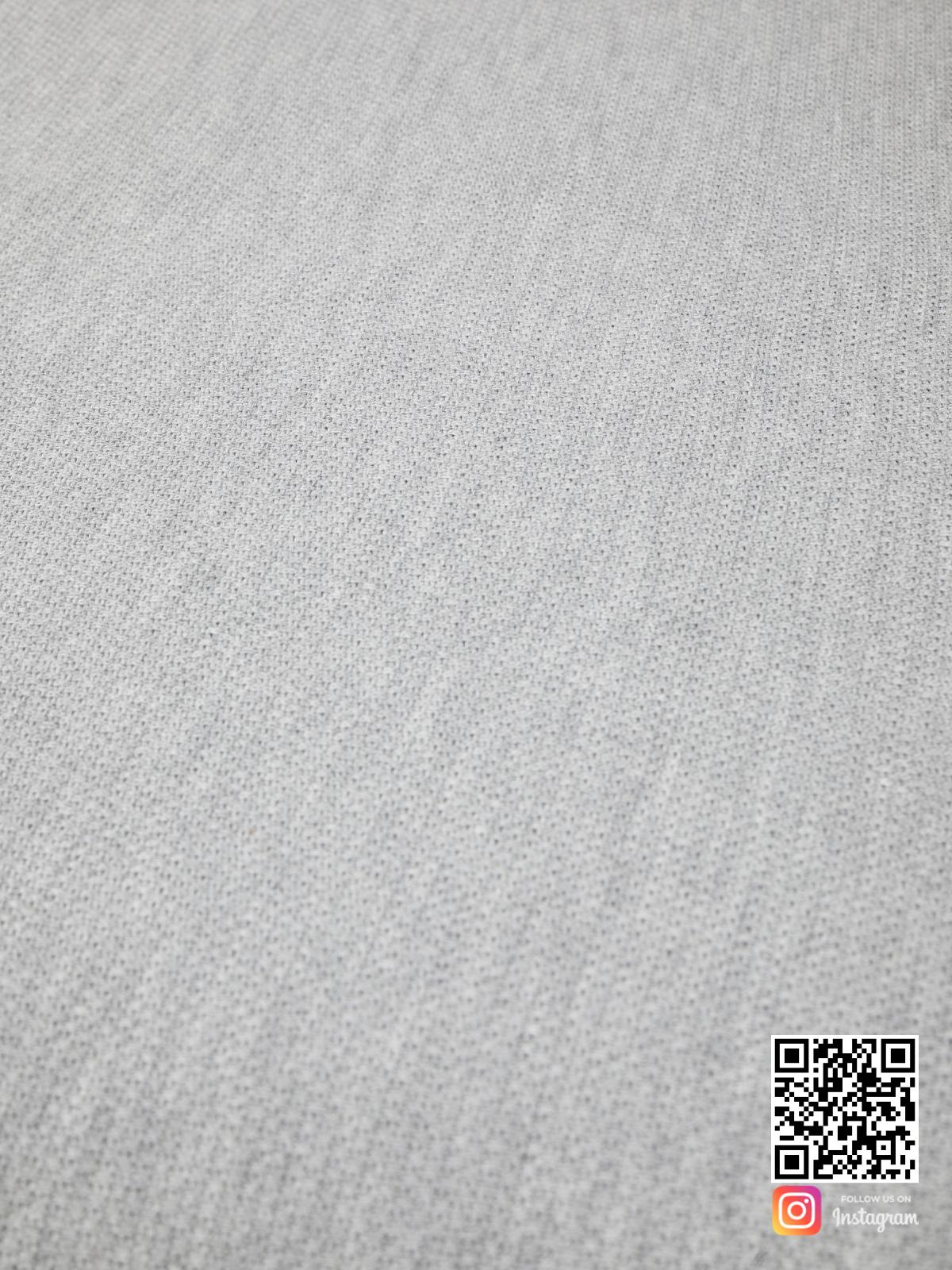 На пятой фотографии вязаное шерстяное покрывало крупным планом в интернет-магазине Shapar, бренда трикотажа и связанной одежды ручной работы.